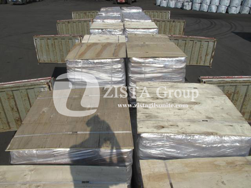 Packing Gilsonite